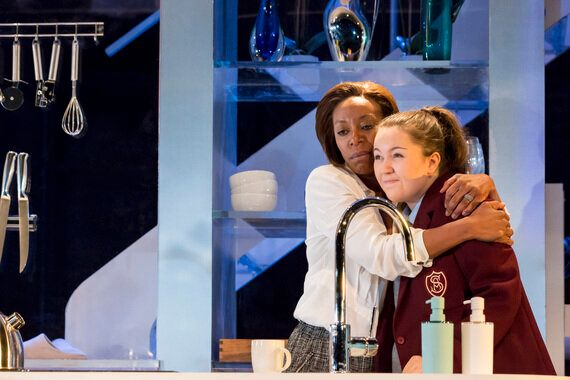 Review: 'Linda', Royal Court Theatre 'Excellence