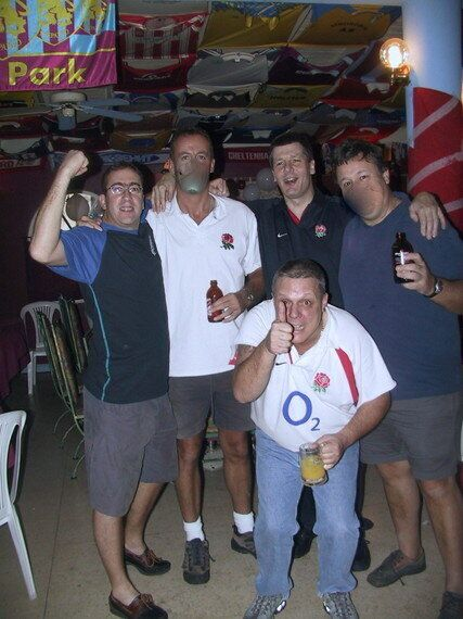 Celebrate Good Times: Watching England Win The 2003 Rugby World Cup in Kingston,