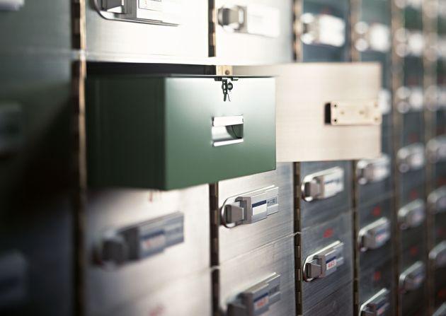Nelle cassette di sicurezza un tesoro di 150 miliardi di euro. Salvini insiste sul