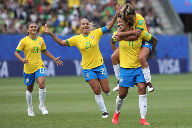Na estreia da Copa do Mundo de Futebol feminino, o Brasil venceu a estreante Jamaica por 3 a 0. Cristiane...