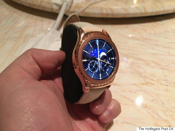 Samsung Gear S2 Now Available In 18k Rose Gold Or