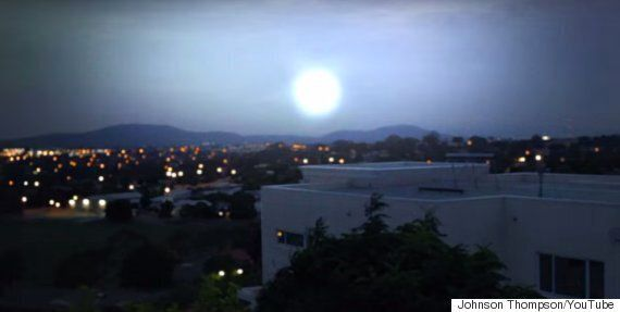 UFO And Alien Fans Excited As Astronomer Explains Mysterious Light 'Phenomenon' Spotted In The