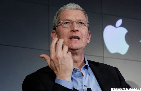 Apple Will Match Its Employee's Refugee Crisis Donations 2-for-1 Says CEO Tim