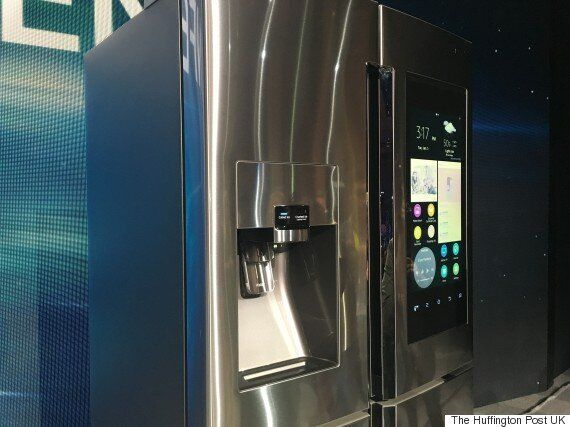 Samsung's Family Hub Refrigerator Has A Massive 21.5-inch Screen And Runs