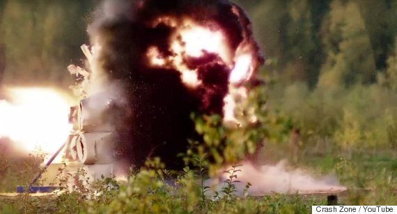Rocket Launcher Fired Into Bullet Proof Glass By Russian Weapon