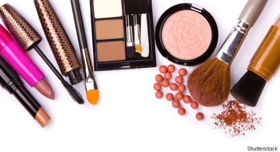 How Long Does Makeup Last? Here's Why We All Need To Know When Our Beauty Products