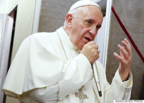 Pope Francis Believes Government Workers Have Right To Refuse Gay Marriage