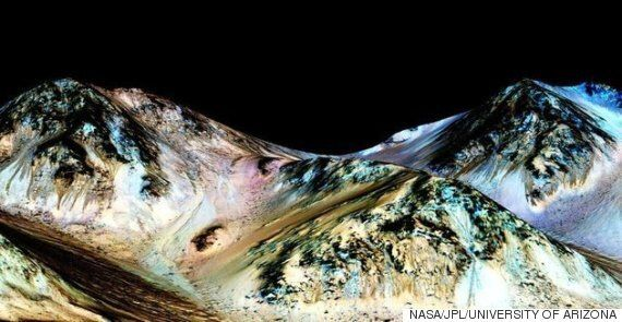 NASA Confirms Evidence Of Flowing Water On The Surface Of