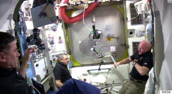 Tim Peake Spacewalk Terminated After 'Golfball' Sized Water Droplet Discovered In Tim Kopra's