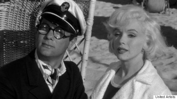 Tony Curtis Died On This Day In 2010: We Pay Tribute With This Wonderful Scene From 'Some Like It