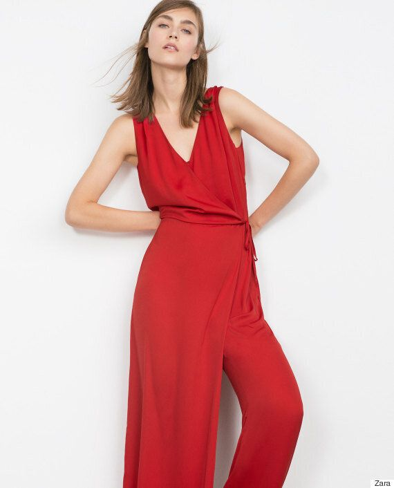 Jumpsuit Dresses Are A Thing And They're Bringing Back 90s Memories (In A Bad