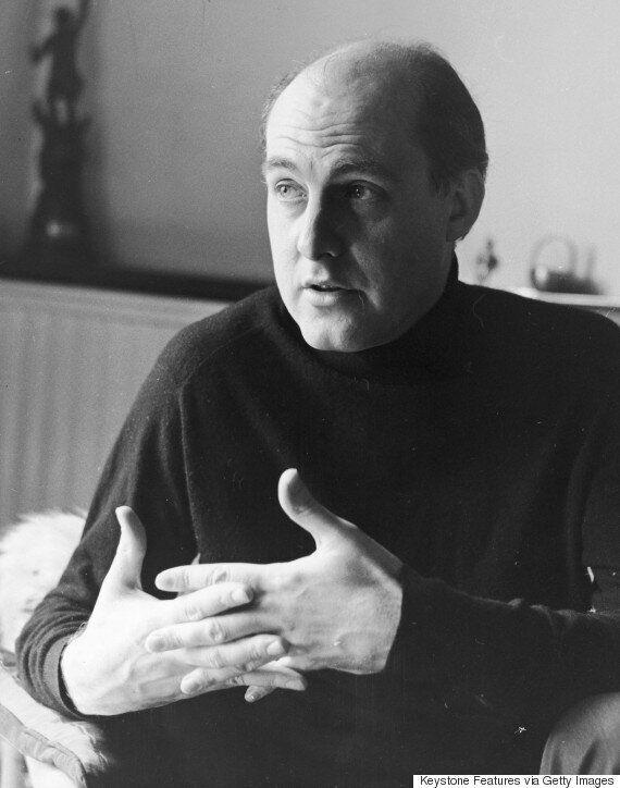 Gordon Honeycombe Dead: Former ITN Newsreader Dies Aged