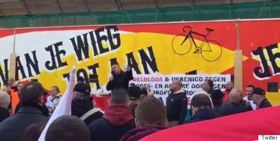 Tommy Robinson Helps Launch Pegida Netherlands, Implores Crowds To 'Stand Together To Fight