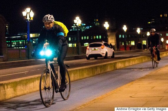 E-Bikes, Boards and Running - Four Alternative Commuting