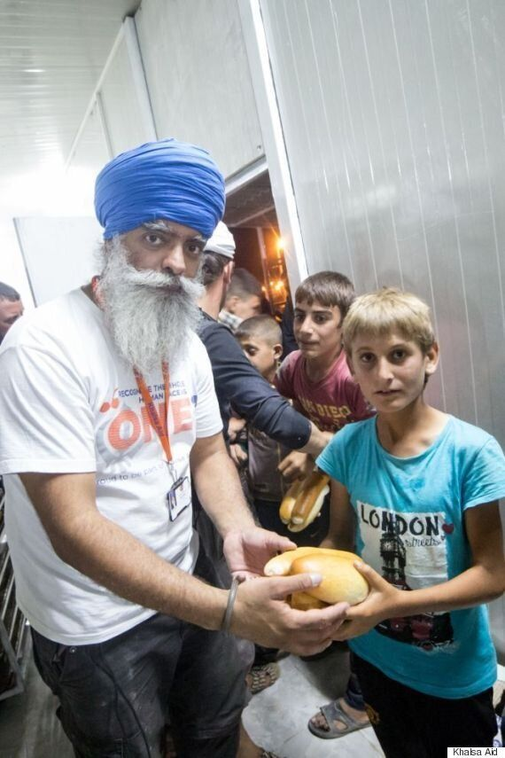 Sikh Charity Langar Aid Feeds Thousands Of War-Torn Refugees In Iraq And