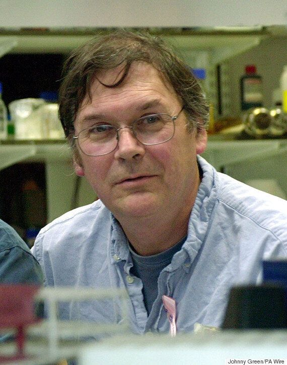 Sir Tim Hunt, Scientist Who Described 'Trouble With Girls' In Labs, Quits UCL Post After