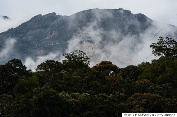 Nude Malaysia Mountain Photo Tourist Eleanor Hawkins To Walk Free From Court After Admitting