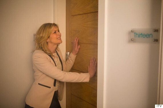 'Coronation Street' Spoiler: Leanne Battersby And Simon Barlow For Kidnap