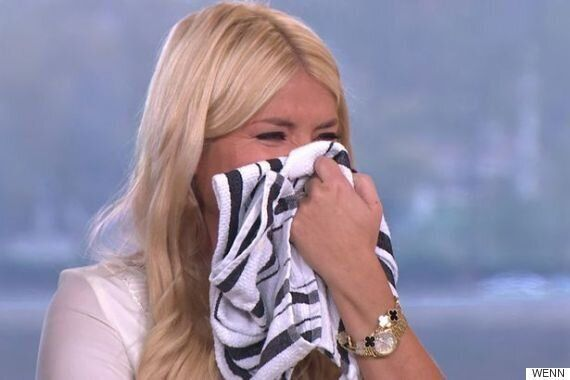 Holly Willoughby Reduced To A Giggling Mess After Dropping Another Naughty Innuendo On 'This Morning'