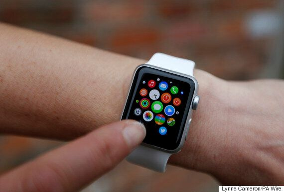 Apple Watch 2 Will Come With A Front-Facing Camera And Won't Need The