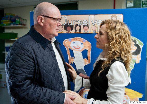 'Emmerdale' Spoiler: Paddy Kirk To Cheat On Rhona Again?