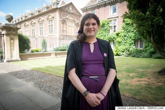 Transgender Student Successfully Campaigns To Break Formal Dress Code At Cambridge