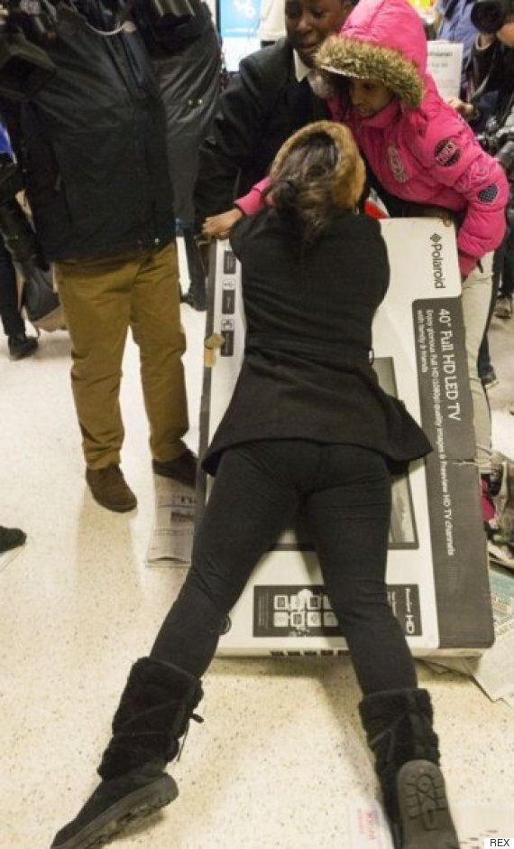Asda Black Friday 2015 Will To Be Less Chaotic As Supermarket Ends 'War Zone'
