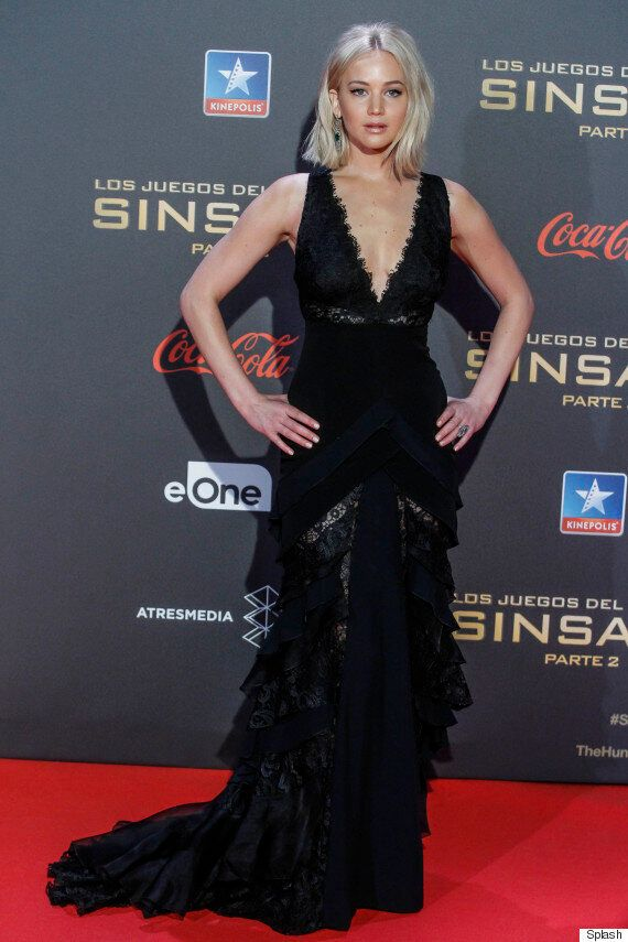 Jennifer Lawrence Trips Up AGAIN At The 'Hunger Games: Mockingjay Part 2' Premiere In Madrid