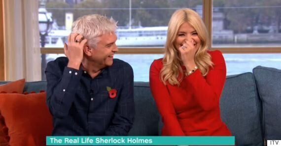 'This Morning': Holly Willoughby Begs For Magician To 'Do' Her, Hilarity