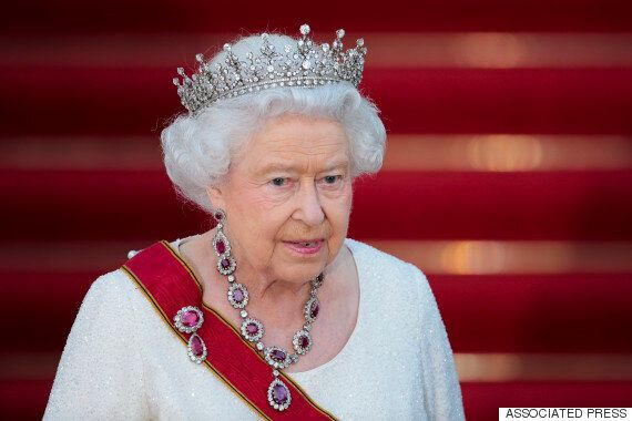 Queen Calls For European Unity At German Banquet Attended By David Cameron And Angela