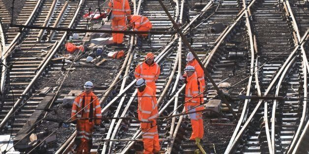 A multibillion pund project to improve Britain's railways has been