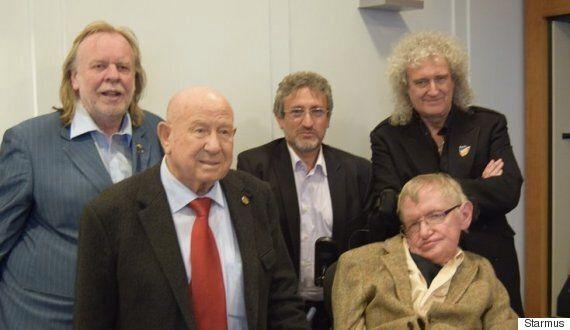Starmus 3 Festival: 10 Nobel Prize Winners, Brian May, Kip Thorn, Chris Hadfield, Atronomer Royal Gather...