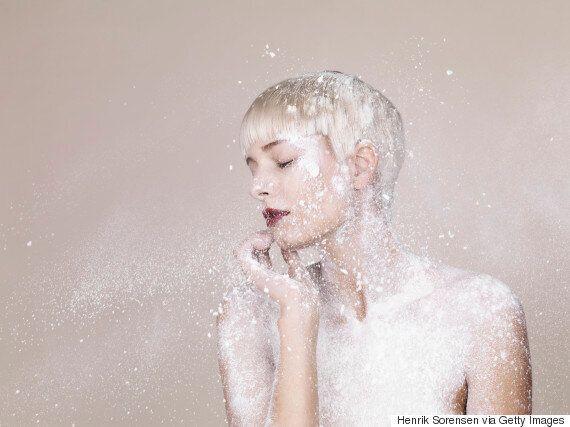 Talcum Powder Beauty Tips: 10 Hacks You Need To Know