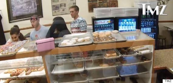 Ariana Grande's Fans Distraught After Doughnut-Licking Clip Surfaces Online