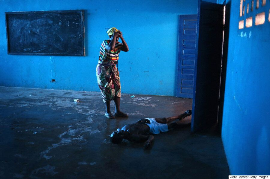 Hard-Hitting Ebola Pictures Win The 2015 Sony World Photography