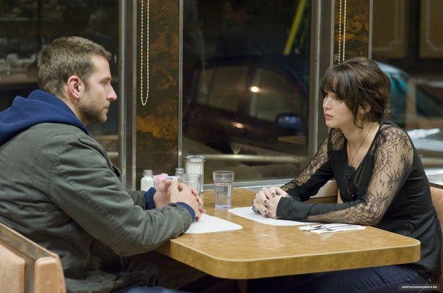 Pat (Bradley Cooper) e Tiffany (Jennifer Lawrence) em cena de