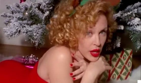 Kylie Minogue Releasing Christmas Album? 'Spinning Around' Singer 'Recording Festive Classics For New