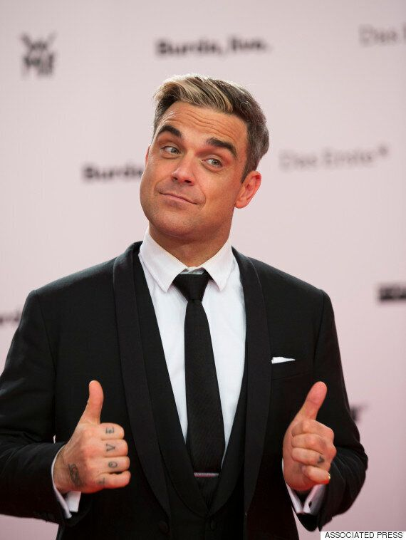Pink Floyd Frontman Roger Waters Urges Robbie Williams Not To Perform In