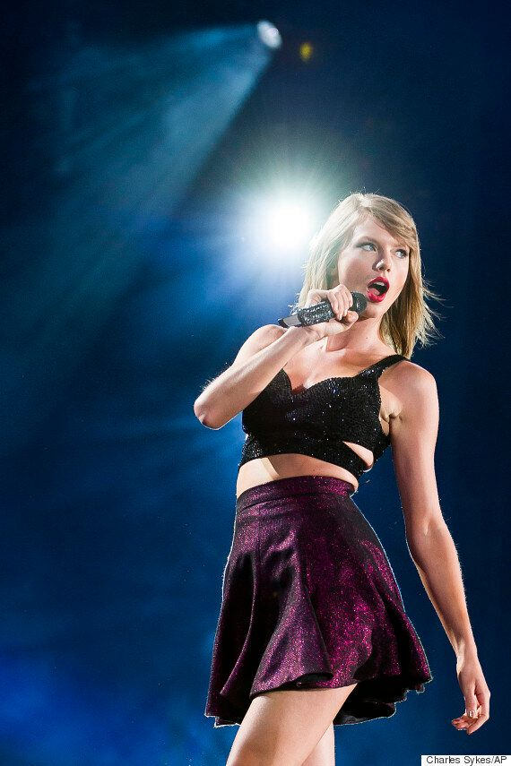 Taylor Swift Gets Stuck On Stage When Part Of Her '1989 Tour' Set Malfunctions But Handles It Like A...