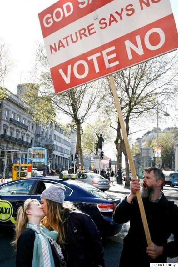 Dublin Women Defiantly Kiss In Front Of Same-Sex Marriage