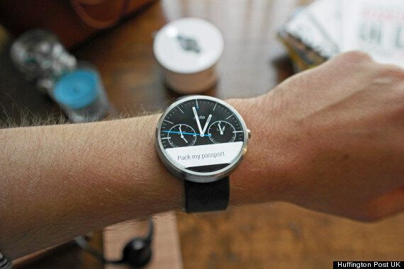 Android Wear For iOS Not Ruled Out Hints Google