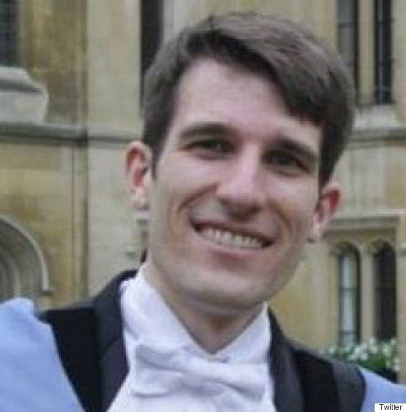 Student Resigns from His PhD In Protest Against UCL's Handling Of Tim Hunt Sexism
