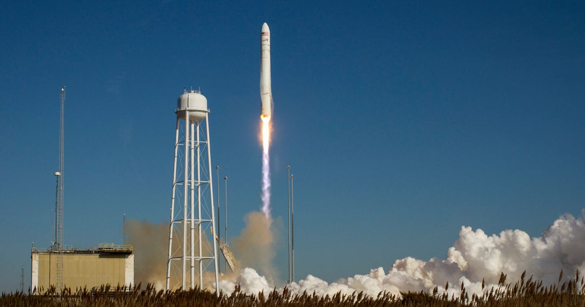 Orbital Sciences/NASA Antares Rocket Explosion: Reaction, Before-After And History | HuffPost UK