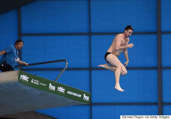 Prankster Dan Jarvis Sneaks Into World Diving Series At London's Aquatic
