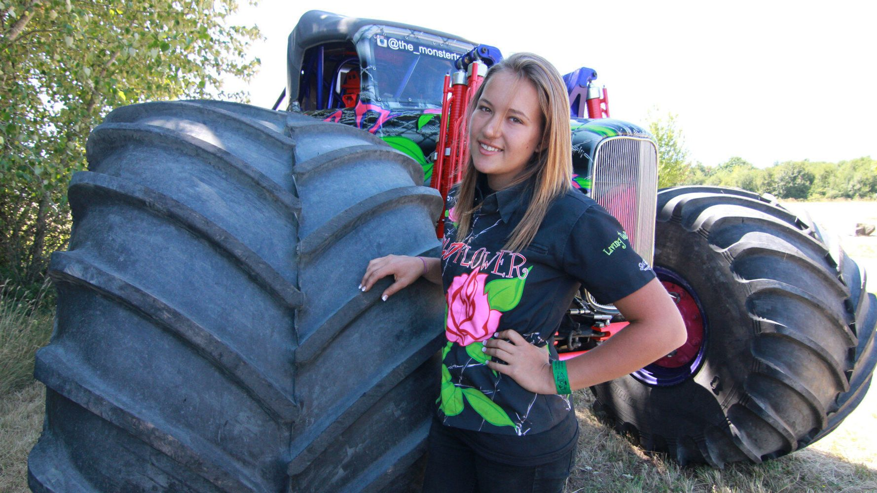 Meet Rosalee The Youngest Professional Female Monster Truck Driver In The Us Huffpost Uk Life
