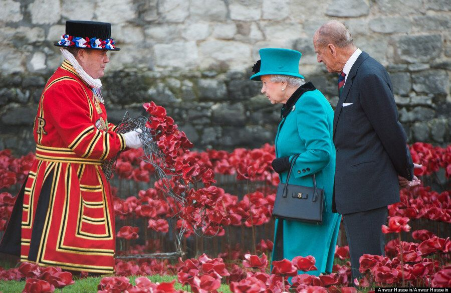 Tower Of London Poppies Draw Thousands In Glorious Display Of Respect For Those Lost In