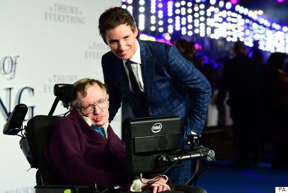 Stephen Hawking Reveals What He REALLY Thought Of Eddie Redmayne In 'The Theory Of Everything