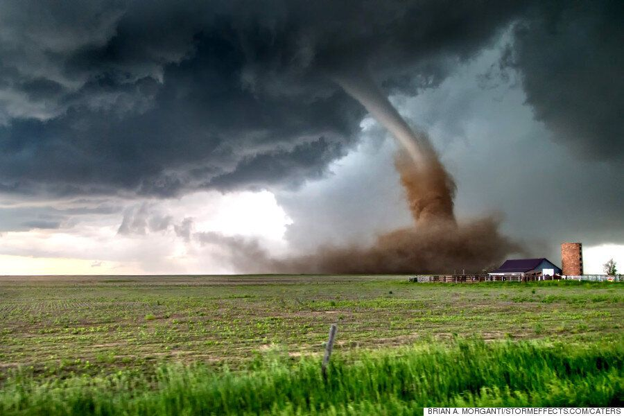 Storm Chasing Photographer Witnesses 14 Spectacular Twisters In One Hour In