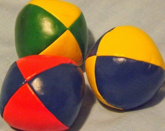 Fifteen Juggling Facts for World Juggling