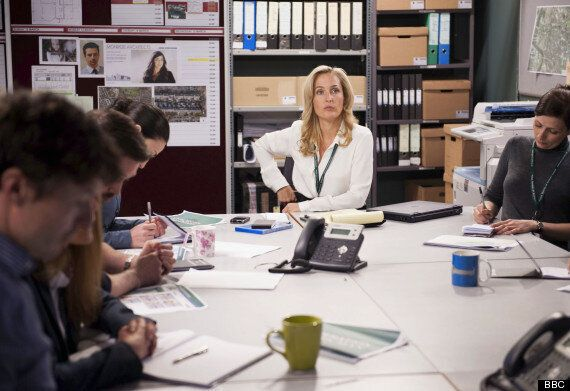 TV Trends: 'The Fall' Review: Jamie Dornan, Gillian Anderson Are Back.. Keeping Audiences On Edge Of...